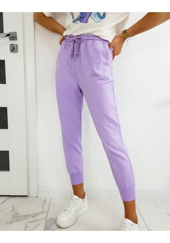 Dámské volnější tepláky ve stylu baggy ve fialové barvě
