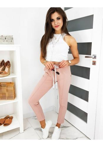 Stylové dámské kalhoty růžové barvy se záhyby
