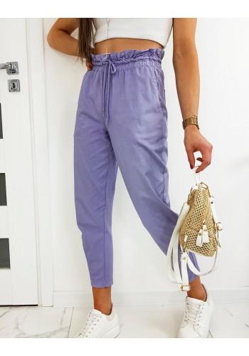 Dámské pohodlné kalhoty s ozdobným nařasením ve fialové barvě