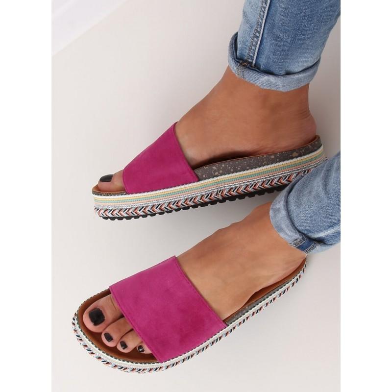 Semišové dámské pantofle fialové barvy na vysoké podrážce