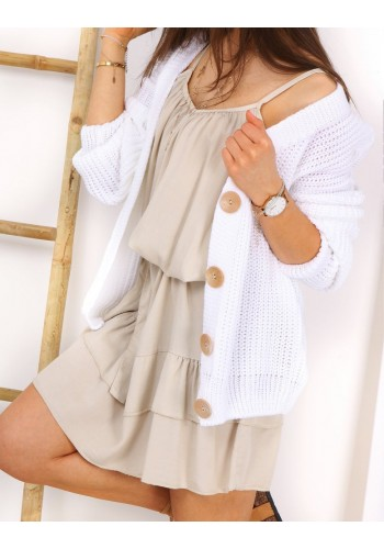 Stylový dámský svetr bílé barvy s velkými knoflíky