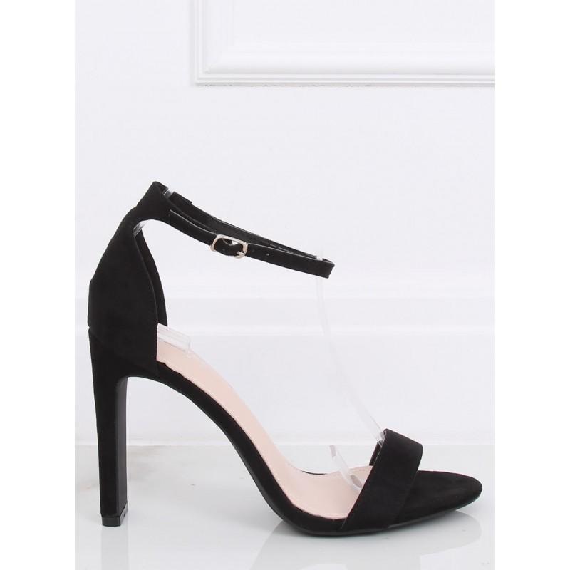 Černé semišové sandály na stabilním podpatku pro dámy