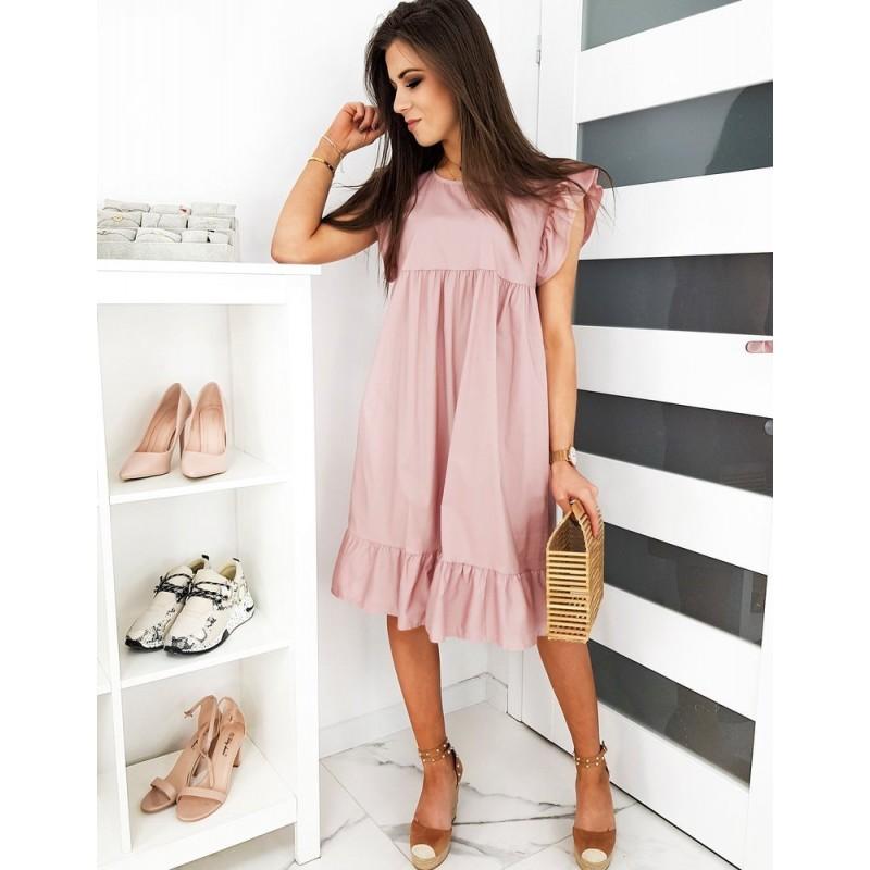 Volné dámské šaty růžové barvy s ozdobnými volány