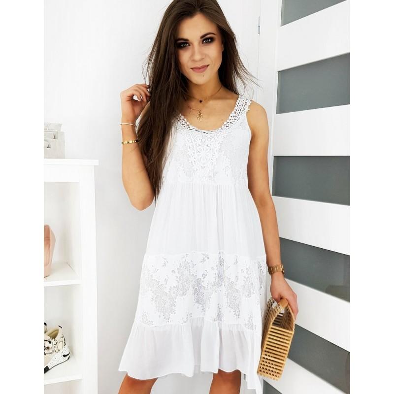 Dámské letní šaty s krajkovými aplikacemi v bílé barvě
