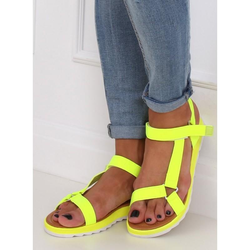 Módní dámské sandály žluté barvy se suchým zipem