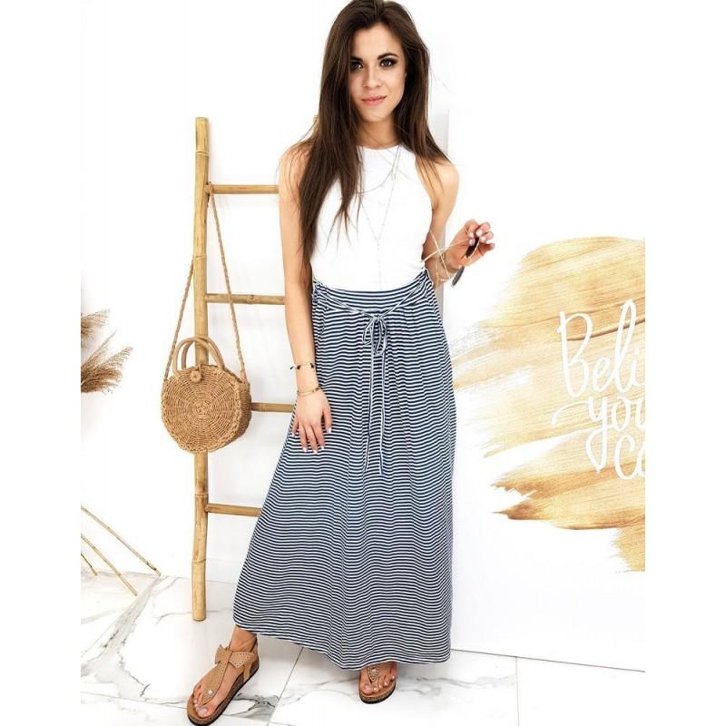 Dlouhá dámská sukně modro-bílé barvy s proužky