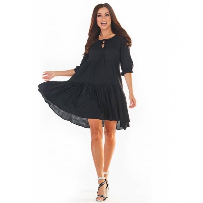 Černé volné šaty na léto pro dámy