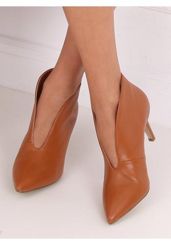 Hnědé elegantní polobotky na podpatku pro dámy