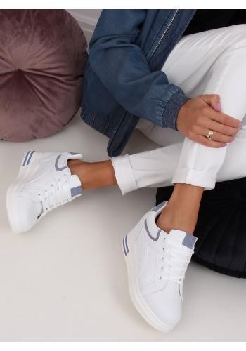 Klasické dámské tenisky bílo-modré barvy na skrytém podpatku