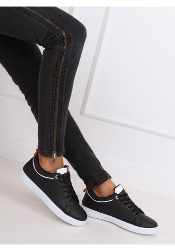 Dámské klasické tenisky s kontrastními proužky v černé barvě
