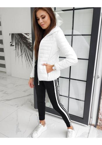 Prošívaná dámská bunda bílé barvy s kapucí