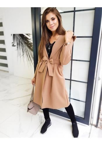 Podzimní dámský kabát hnědé barvy s páskem