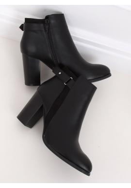 Dámské klasické kozačky na podpatku v černé barvě