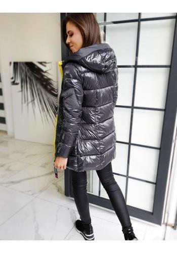 Prošívaná dámská bunda tmavě šedé barvy s kapucí