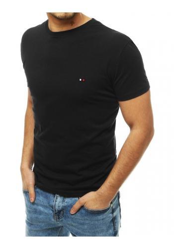 Černé bavlněné tričko s kulatým výstřihem pro pány v akci