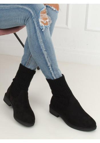 Semišové dámské boty černé barvy s elastickým svrškem