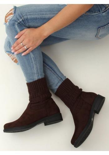 Semišové dámské boty tmavě hnědé barvy s elastickým svrškem