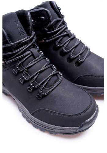 Oteplená trekingová pánská obuv černé barvy
