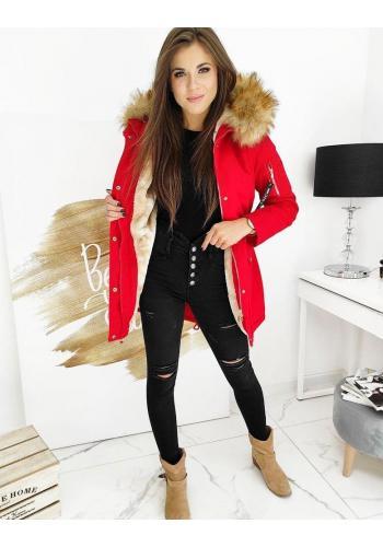 Zimní dámská parka červené barvy s kapucí