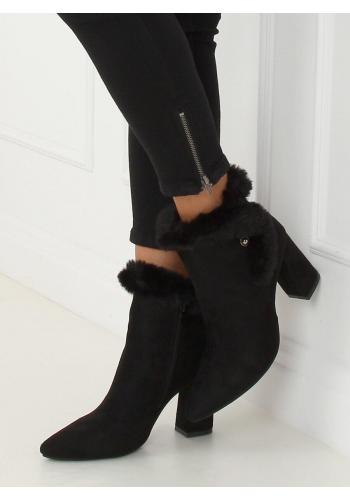 Černé semišové kozačky na podpatku s kožešinou pro dámy