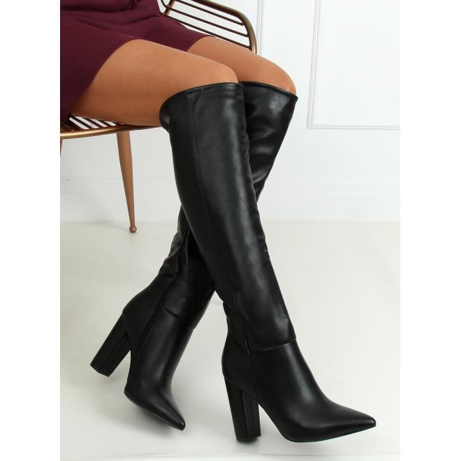 Dámské lícové kozačky nad kolena na podpatku v černé barvě