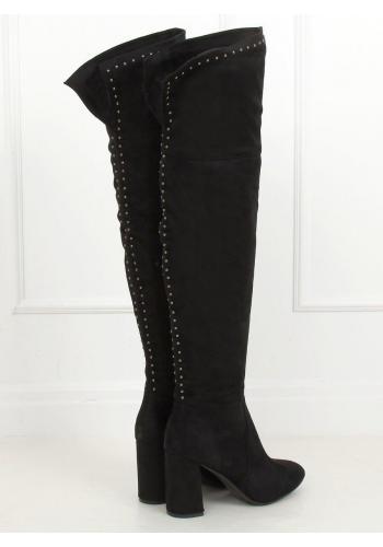 Semišové dámské kozačky nad kolena černé barvy s vybíjením