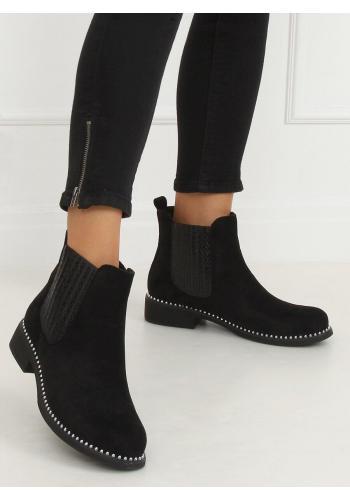 Semišové dámské boty černé barvy s korálky
