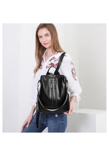 Černý voskovaný elegantní batoh pro dámy
