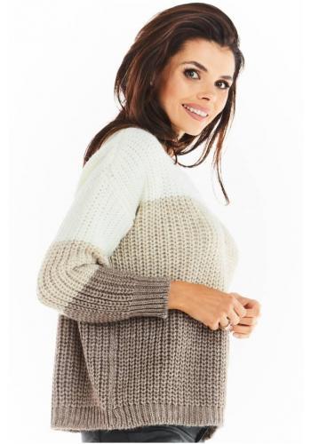 Módní dámský svetr béžové barvy s véčkovým výstřihem