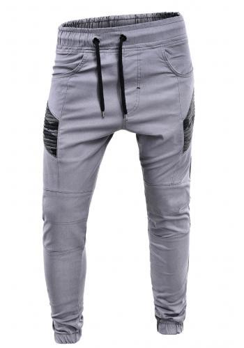 Sportovní pánské kalhoty šedé barvy ve výprodeji