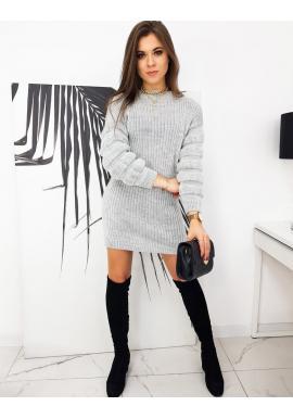 Pletené dámské šaty světle šedé barvy s ozdobnými rukávy