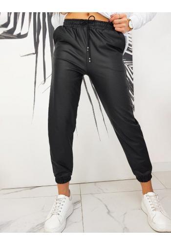 Černé voskované kalhoty s gumou v pase pro dámy