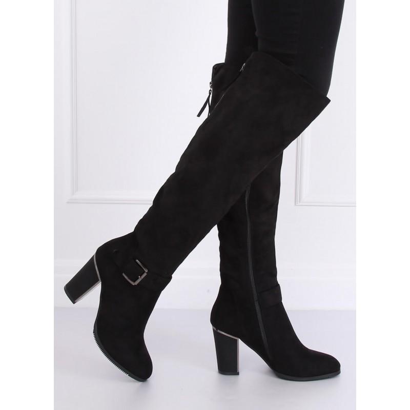 Semišové dámské kozačky nad kolena černé barvy na podpatku