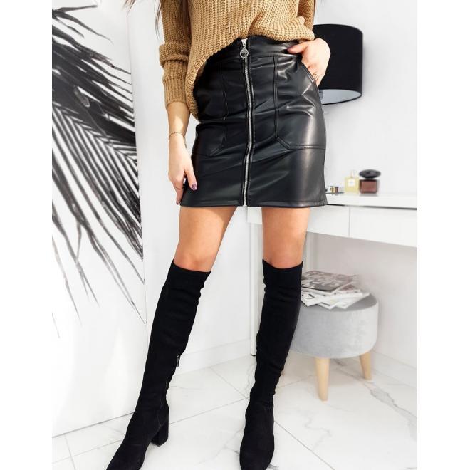 Mini dámská koženková sukně černé barvy se zipem
