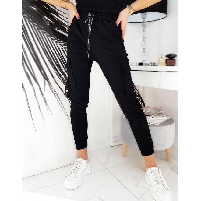 Stylové dámské kapsáče černé barvy s gumou v pase