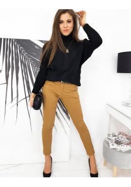 Černý módní rolák pro dámy