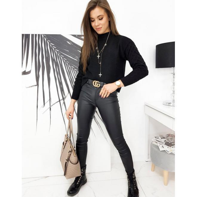 Podzimní dámské svetry černé barvy s originálními rukávy