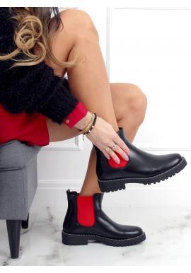 Kotníkové dámské boty černé barvy s červenými vložkami