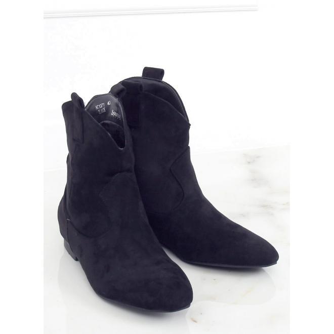 Semišové dámské boty černé barvy se širokým svrškem