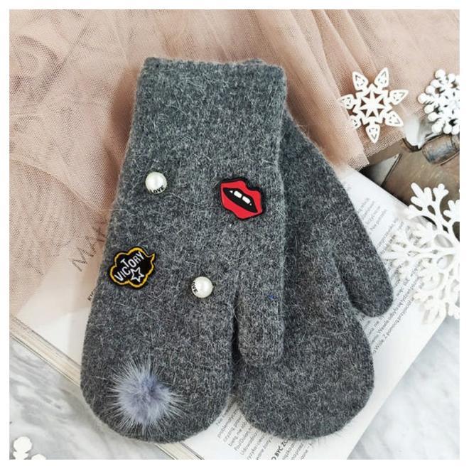 Dámské zimní rukavice s perlami a ozdobami v tmavě šedé barvě