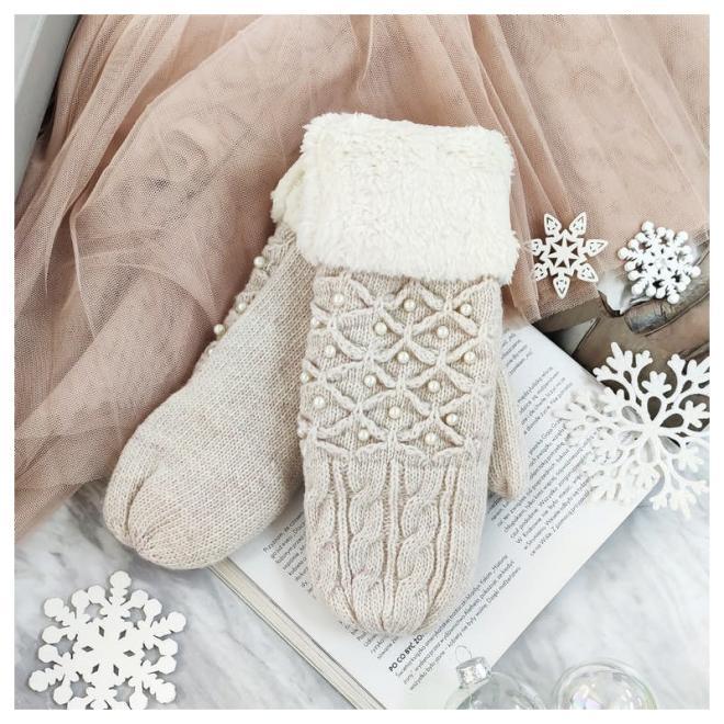 Dámské teplé rukavice s perlami v béžové barvě
