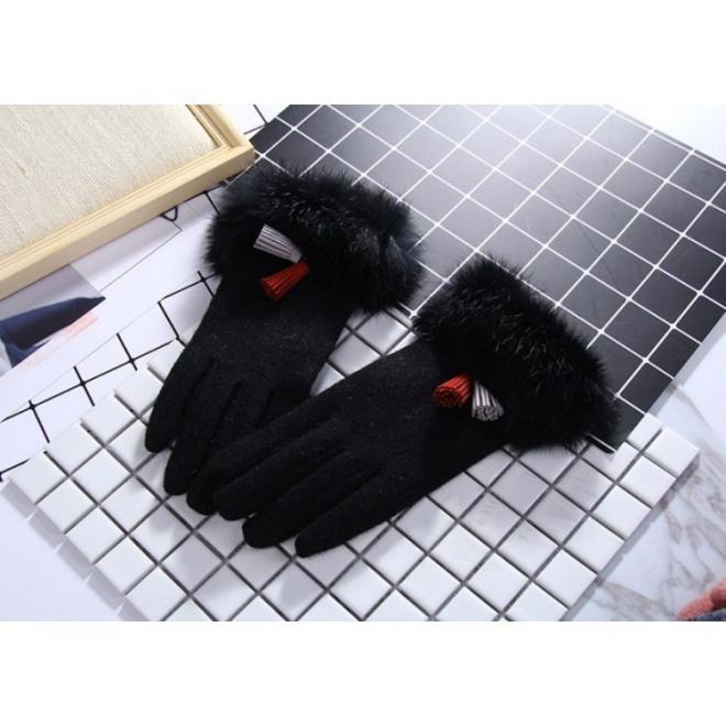 Dámské elegantní rukavice s kožešinou v černé barvě