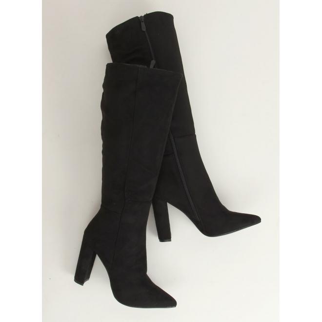 Klasické dámské kozačky černé barvy na podpatku