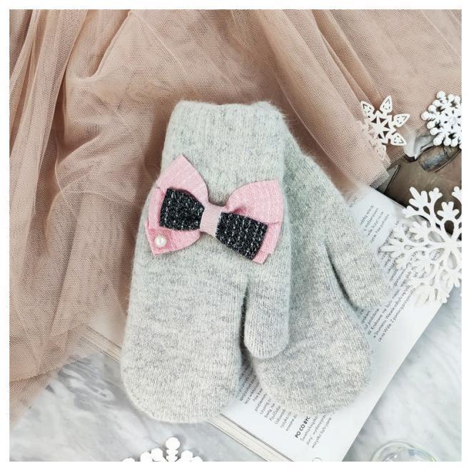 Zimní dámské rukavice šedé barvy s mašlemi
