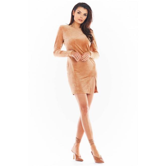 Velurové dámské mini šaty béžové barvy s dlouhým rukávem