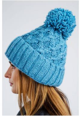 Dámská teplá čepice na zimu v modré barvě