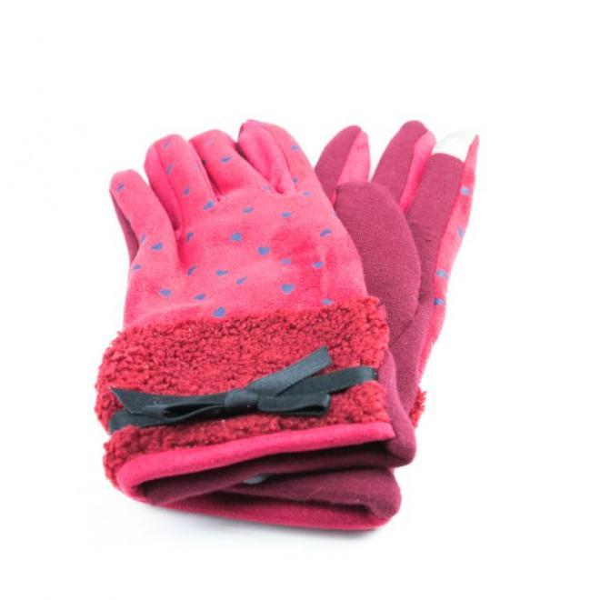 Červené zimní rukavice se srdíčky pro dámy