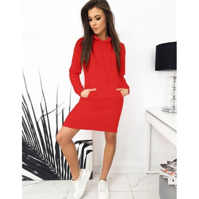 Dámské mikinové šaty s kapucí v červené barvě