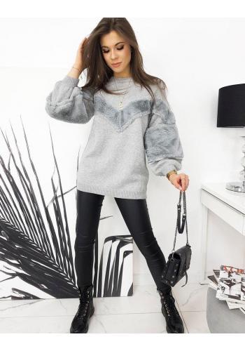 Oversize dámský svetr světle šedé barvy s příjemnými vložkami