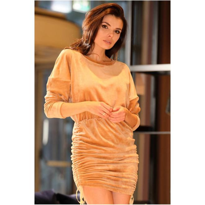 Velurové dámské šaty béžové barvy s nastavitelnou délkou